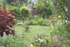 Der Garten vom Hof aus